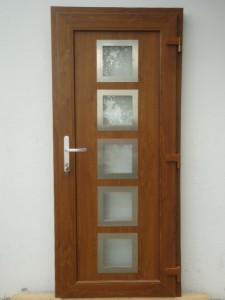 Bazar plastových dveří